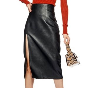 TOPSHOP FAUX LEATHER SLIP SKIRT ♥️IN STORES♥️